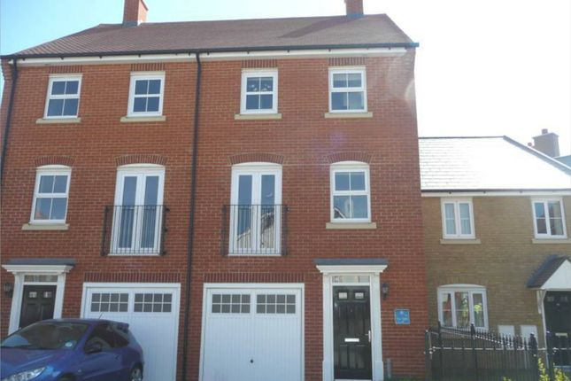 Thumbnail Town house to rent in Peony Crescent, Sittingbourne