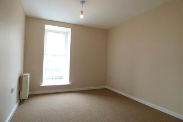 Bedroom of Horsefair, Pontefract, West Yorkshire WF8