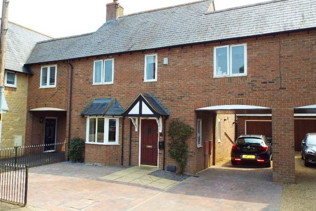 Thumbnail Mews house for sale in London Road, Bozeat, Northamptonshire