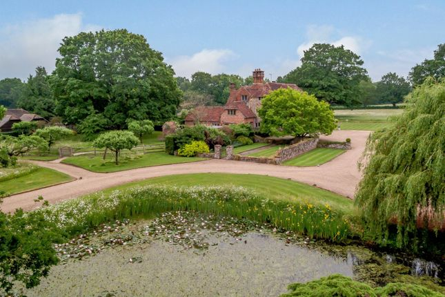 Thumbnail Country house for sale in Saucelands Lane, Coolham, Horsham, West Sussex