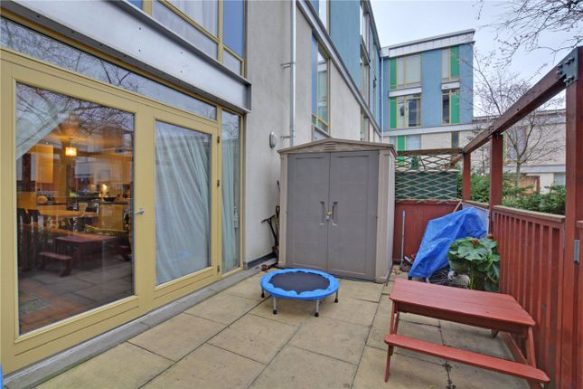 Terrace of Kilby Court, Southern Way, Greenwich, London SE10