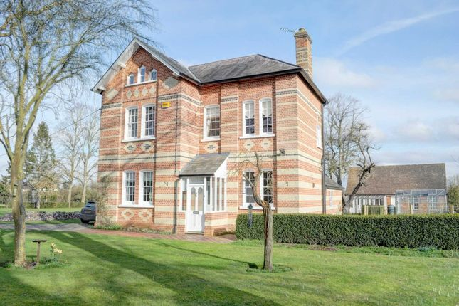 4 bed detached house to rent in Bishopstone, Aylesbury HP17