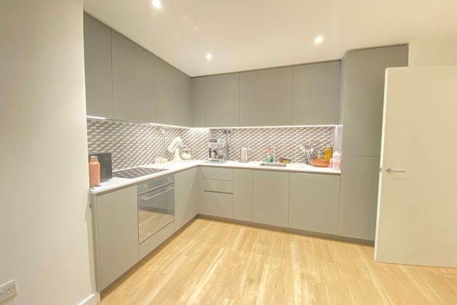 1 bed flat to rent in Aerodrome Road, London NW9