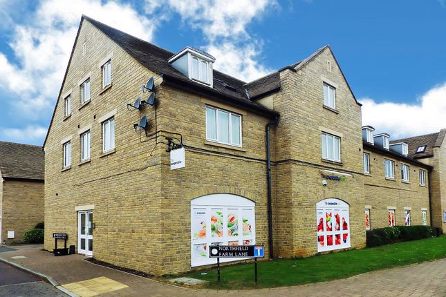 Thumbnail Flat to rent in Northfield Farm Lane, Witney, Oxfordshire