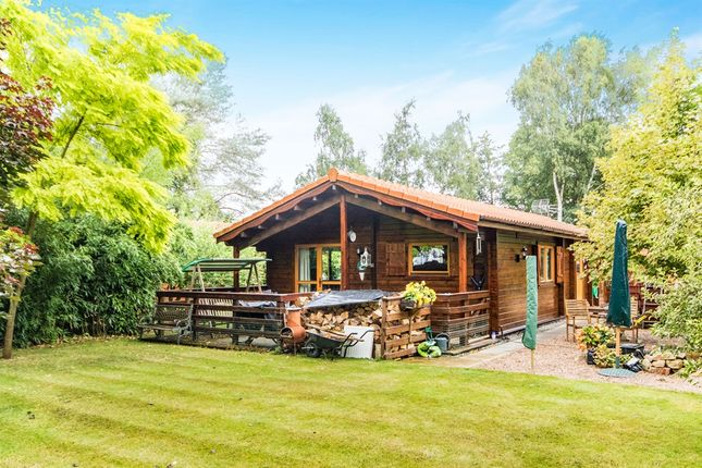 Thumbnail Lodge for sale in Tattershall Lakes Country Park, Tattershall, Lincoln