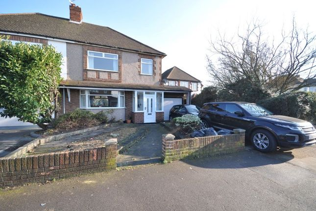 Thumbnail Property to rent in Suttons Lane, Hornchurch