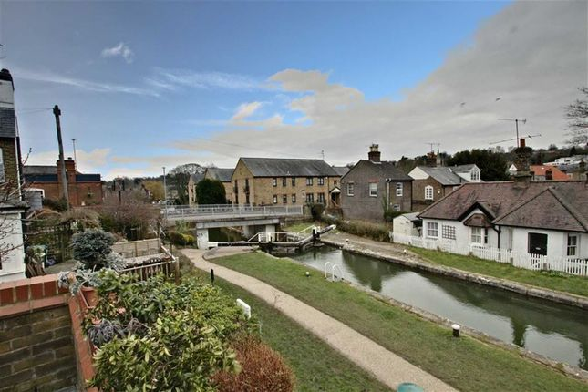 Thumbnail Detached house for sale in Station Road, Berkhamsted, Hertfordshire