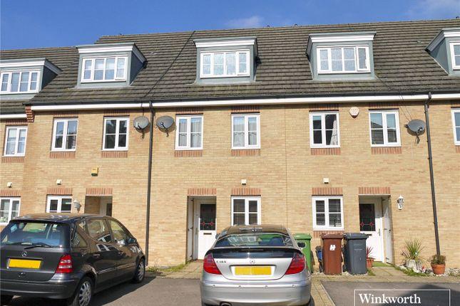 Thumbnail Terraced house to rent in Eaton Way, Borehamwood, Hertfordshire