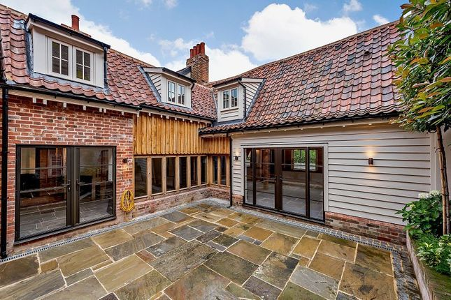 Thumbnail Detached house for sale in Thoroughfare, Woodbridge, Suffolk