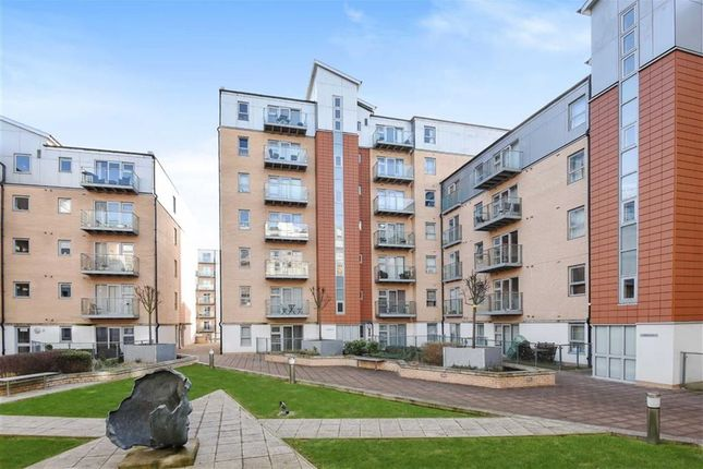 Thumbnail Flat for sale in Gatekeepers House, South Woodford, London