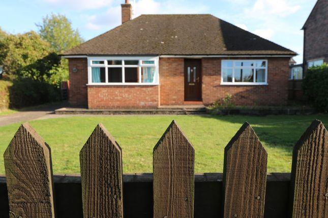 Thumbnail Bungalow to rent in Vicarage Lane, Sandbach