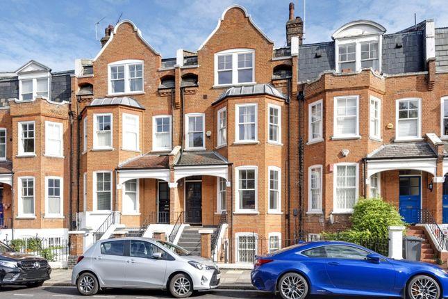 Thumbnail Terraced house for sale in Hillside Gardens, Highgate, London