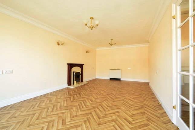 Lounge of Stafford Road, Caterham CR3
