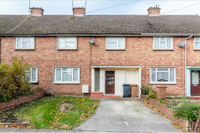 Thumbnail Terraced house to rent in Upper Bridge Road, Chelmsford, Essex