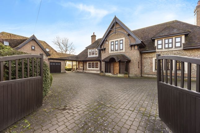 Thumbnail Detached house to rent in Roe End Lane, Markyate, St.Albans