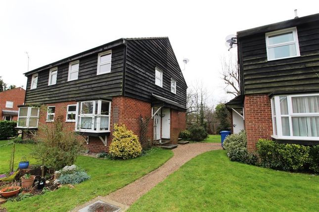 1 bed property to rent in Simpson Close, Maidenhead, Berkshire