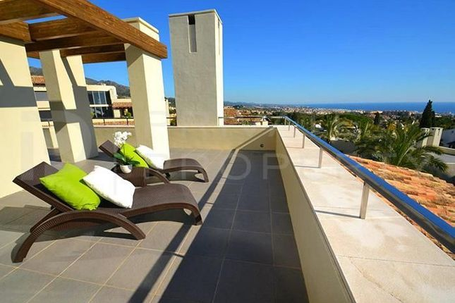 Thumbnail Apartment for sale in Sierra Blanca, 29610, Málaga, Spain