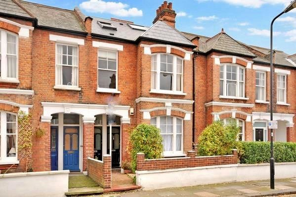 Thumbnail Maisonette for sale in Midmoor Road, Balham