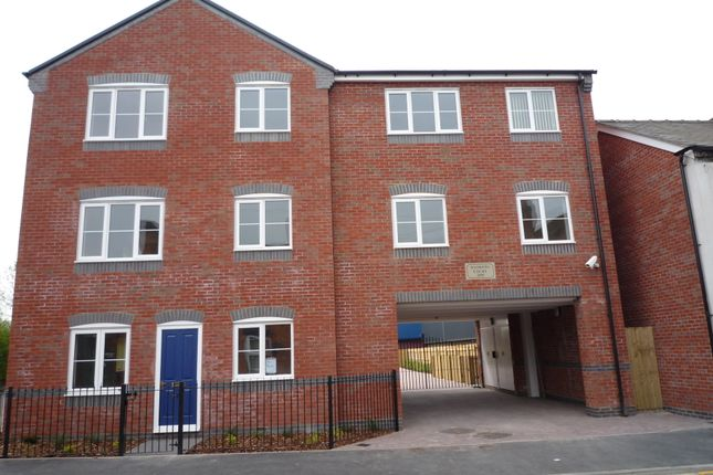 2 bed flat to rent in Andrews Court, Broad Street, Cannock WS11