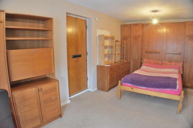 Studio to rent in Chedworth Drive, Alvaston, Derby DE24