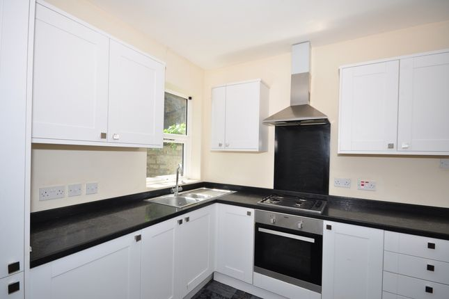 Thumbnail Terraced house to rent in Cross Street, Maidstone
