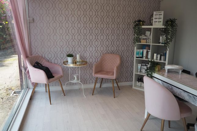 Retail premises for sale in Beauty, Therapy & Tanning LS16, Bramhope, West Yorkshire