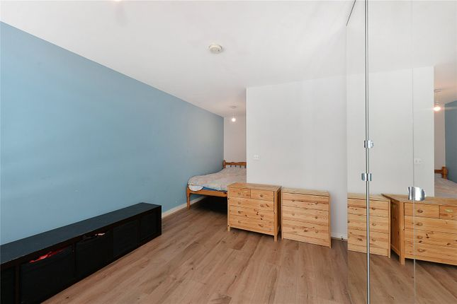 Picture No. 14 of Westgate Apartments, 14 Western Gateway, London E16