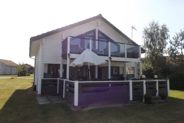 Thumbnail Detached house for sale in Fairway Lakes, Caldecott Hall, Fritton