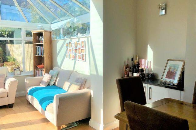 Conservatory / Lounge