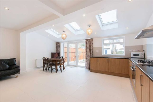 Thumbnail Semi-detached house to rent in Avenue Crescent, London