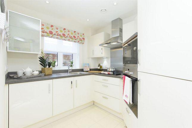 Thumbnail Property for sale in Edward House, Pegs Lane, Hertford, Hertfordshire