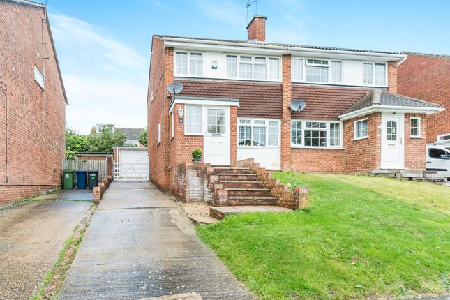 Thumbnail Semi Detached House For Sale In Tamar Close High Wycombe