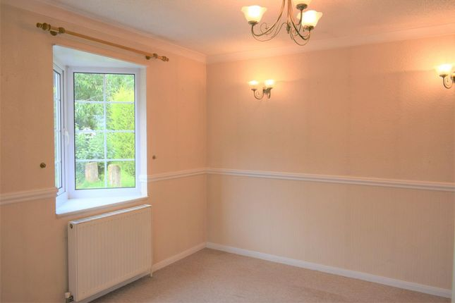 Lounge of Mansfield Road, Farnsfield, Newark NG22