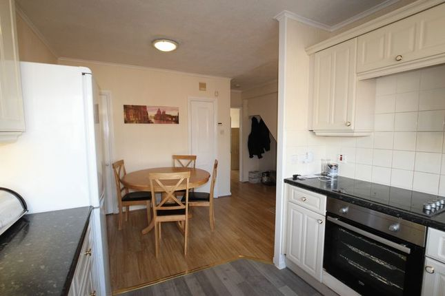 5 bed shared accommodation to rent in Cassland Road, London