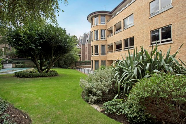 Thumbnail Flat for sale in The Pavilions Avenue Road, London