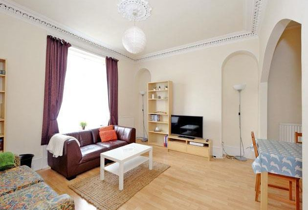 Thumbnail Flat to rent in Roslin Terrace, Aberdeen