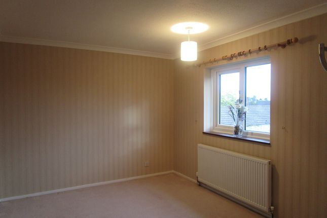 Thumbnail Property to rent in Wheatley Close, Welwyn Garden City