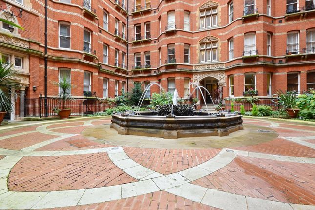 Thumbnail Flat for sale in Victoria Street, Westminster