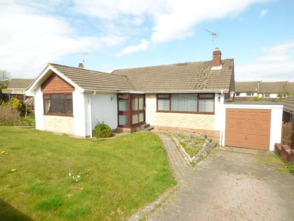 3 bed bungalow for sale in Greenfield Crescent, Waterlooville
