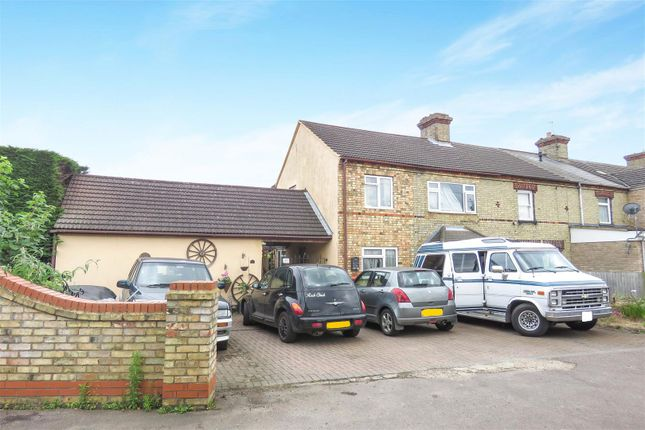 Thumbnail End terrace house for sale in Lawrence Road, Biggleswade