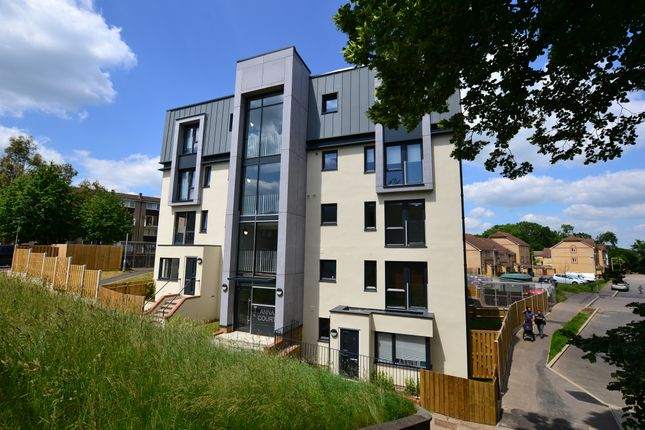 2 bed flat for sale in The Ridgeway, Hertford SG14