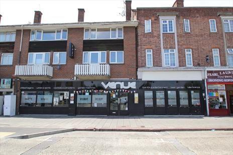 Thumbnail Pub/bar to let in High Street, Waltham Cross