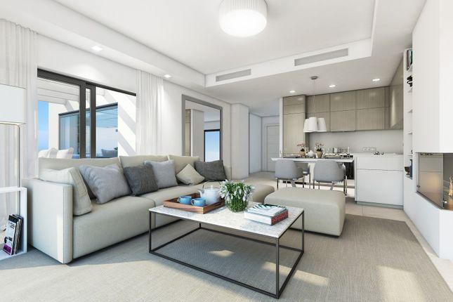 2 bed apartment for sale in Atalaya, Estepona, Malaga Estepona