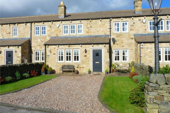 Thumbnail Town house to rent in Springfield Cottages, Cross Roads, West Yorkshire