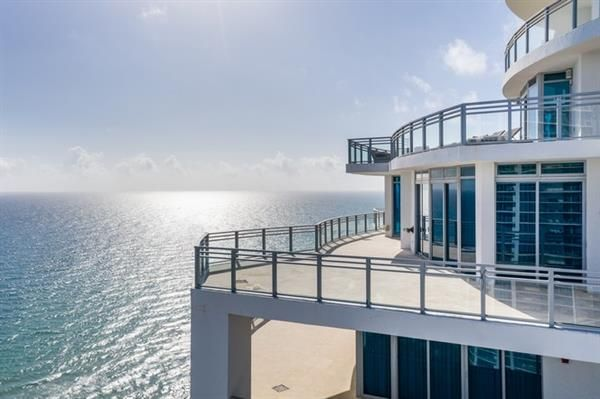 Thumbnail Property for sale in 3535 S Ocean Dr # 2703, Hollywood, Florida, United States Of America