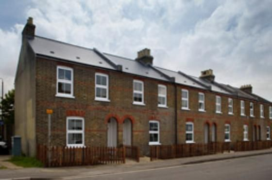 Thumbnail Terraced house to rent in Arthur Road, Windsor