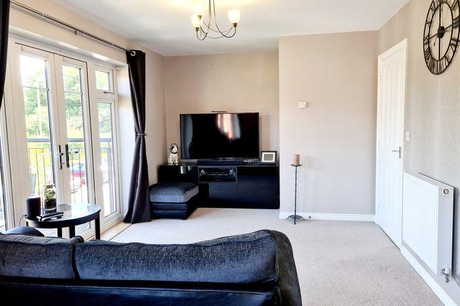 2 bed flat for sale in James Court, Thapa Close, Church Crookham, Fleet, Hampshire GU52