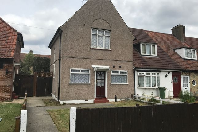 Thumbnail Town house to rent in Valence Avenue, Dagenham