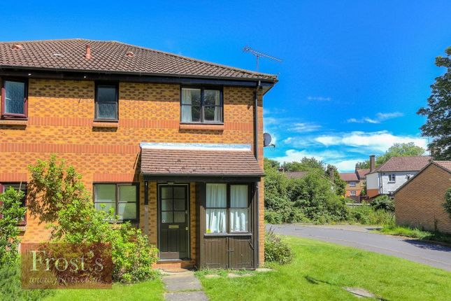 Thumbnail Property to rent in Mercers Row, St Albans, Herts
