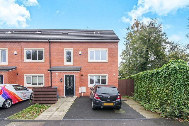 Thumbnail Semi-detached house to rent in Fitzwarren Street, Salford